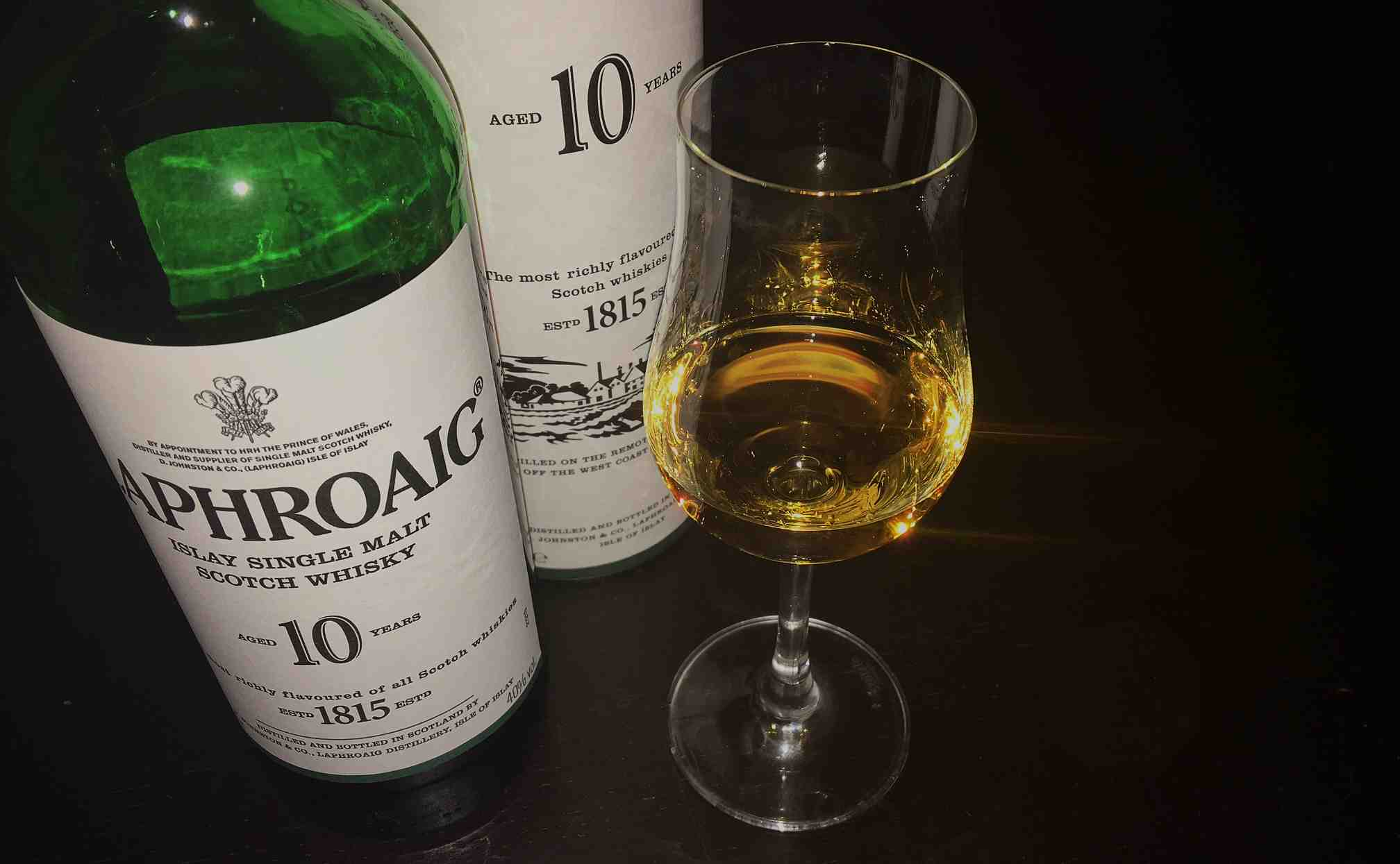 Laphroaig 10 Jahre Islay Single Malt Scotch