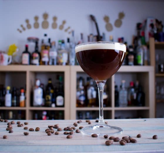 """Ein Espresso Martini - der Cocktail """"to wake you up and fuck you up."""""""
