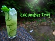 Ein Cucumber Frog-Cocktail mit Basilikumsirupg, Gin, Gurke und Wasabipaste.
