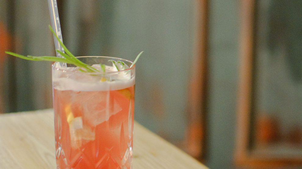 Ein Orizaba-Cocktail aus dem Marple & Stringer.