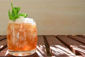 Der Mai Tai ist vielleicht der anspruchsvollste Cocktail, den wir uns jemals angetan haben.