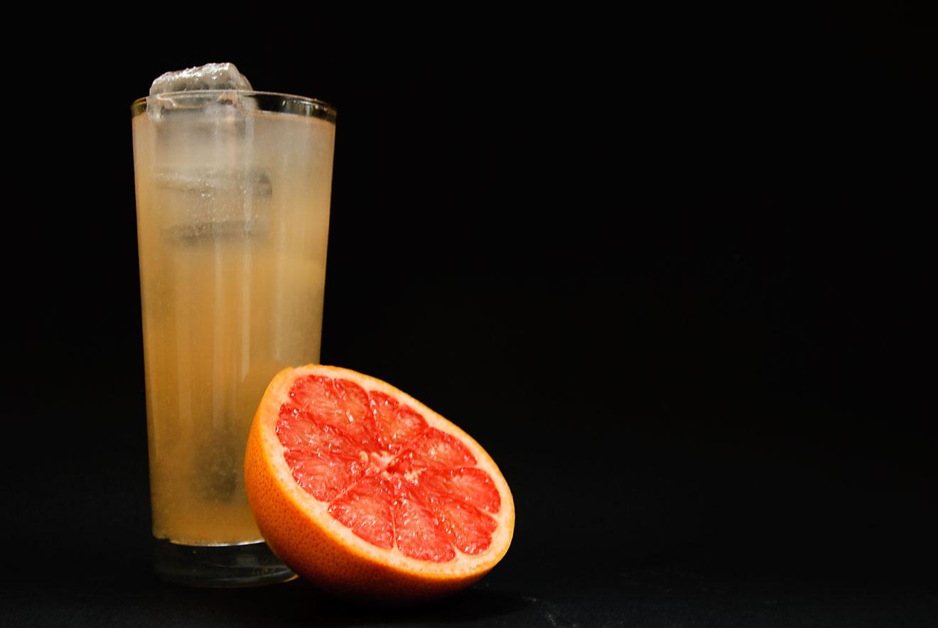 Die Paloma ist ein Tequila-Cocktail auf der Basis von Grapefruit-Limonade - und Salz.