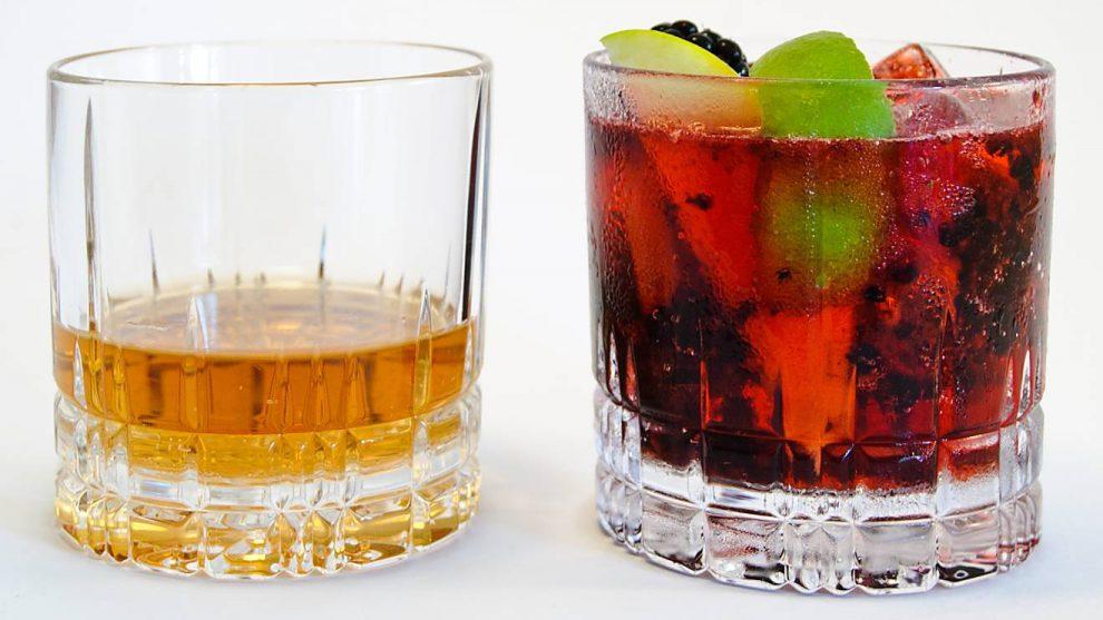 Old Fashioned-Gläser werden oft für Whisky verwendet - Cocktails sind darin aber besser aufgehoben.