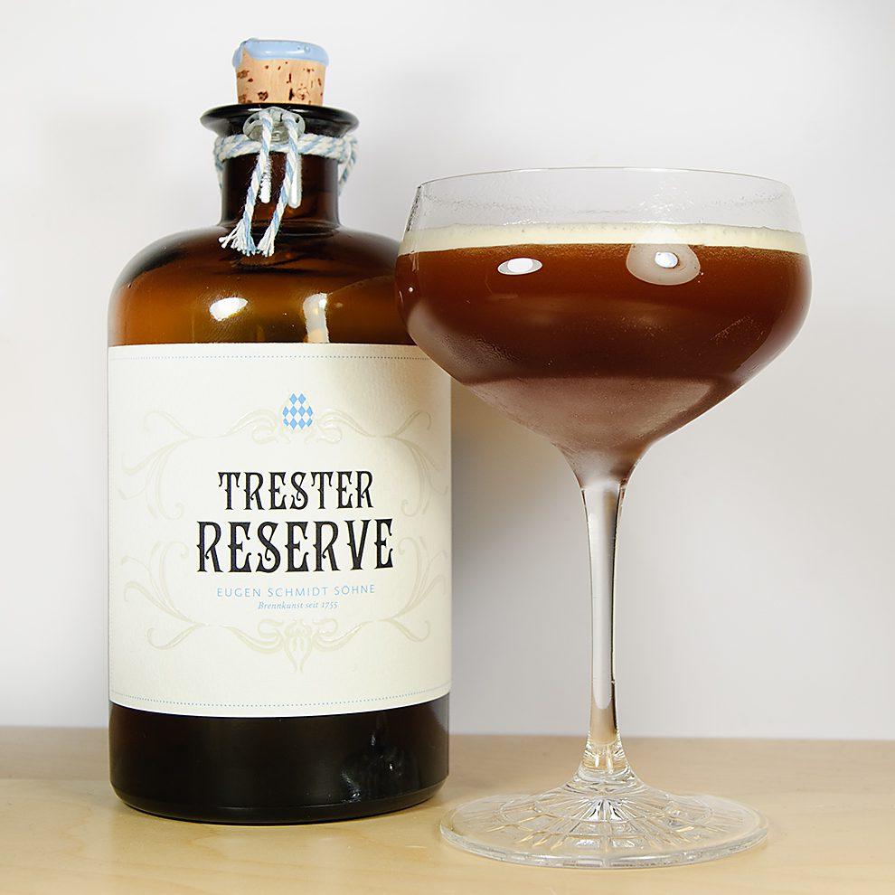 Der Trester Reserve vom Weingut Schmidt in einem Trester Espresso Martini.