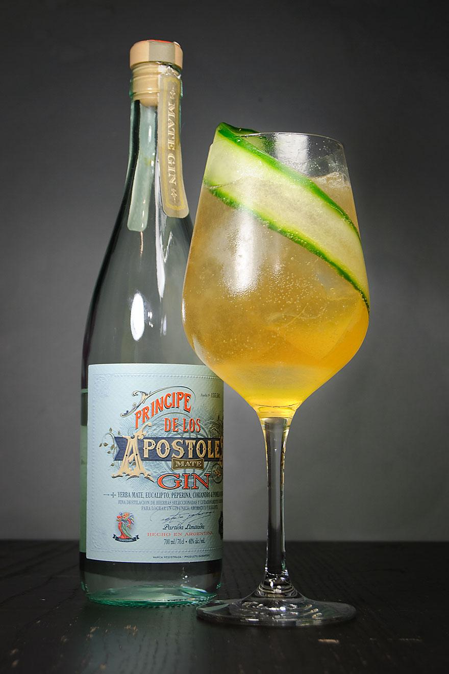 """Der Príncipe de los Apóstoles Mate Gin in einem Chivilcoy Gin & Ginger von Renato """"Tato"""" Giovannoni."""