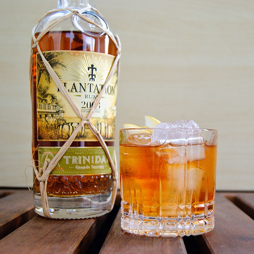 Der Plantation Trinidad 2003 im Rum Old Fashioned.