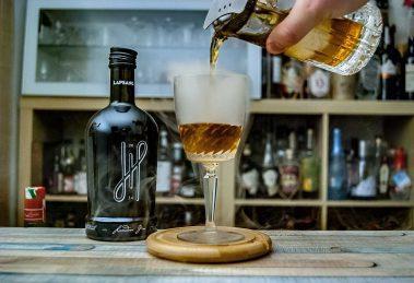 Hoos London Gin in einer geräucherten Martinez-Variante.