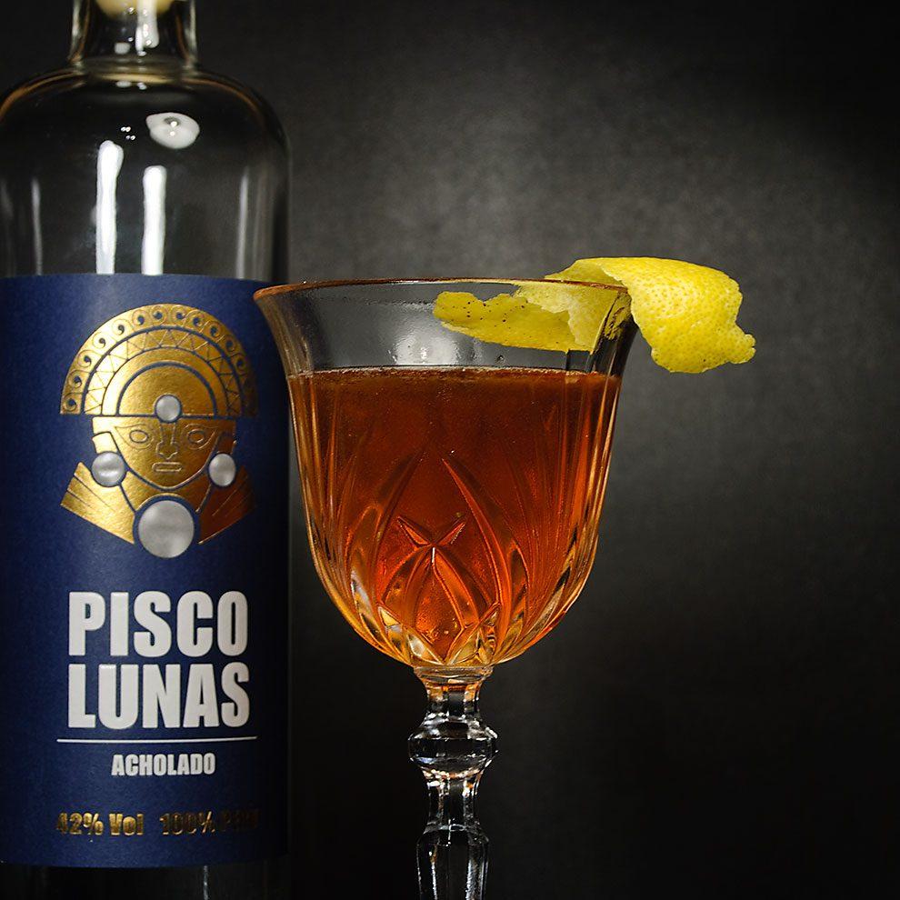 Pisco Lunas in einem irre leckeren El Capitan.