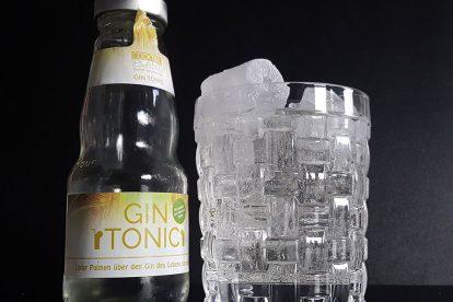 Ein Gin Tonic von Cocktail Plant.