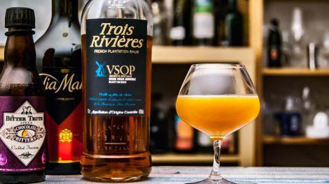 Der Trois Rivières VSOP im Breakfast Martinique mit Orangenmarmelade, Tia Maria und Chocolate Bitters.