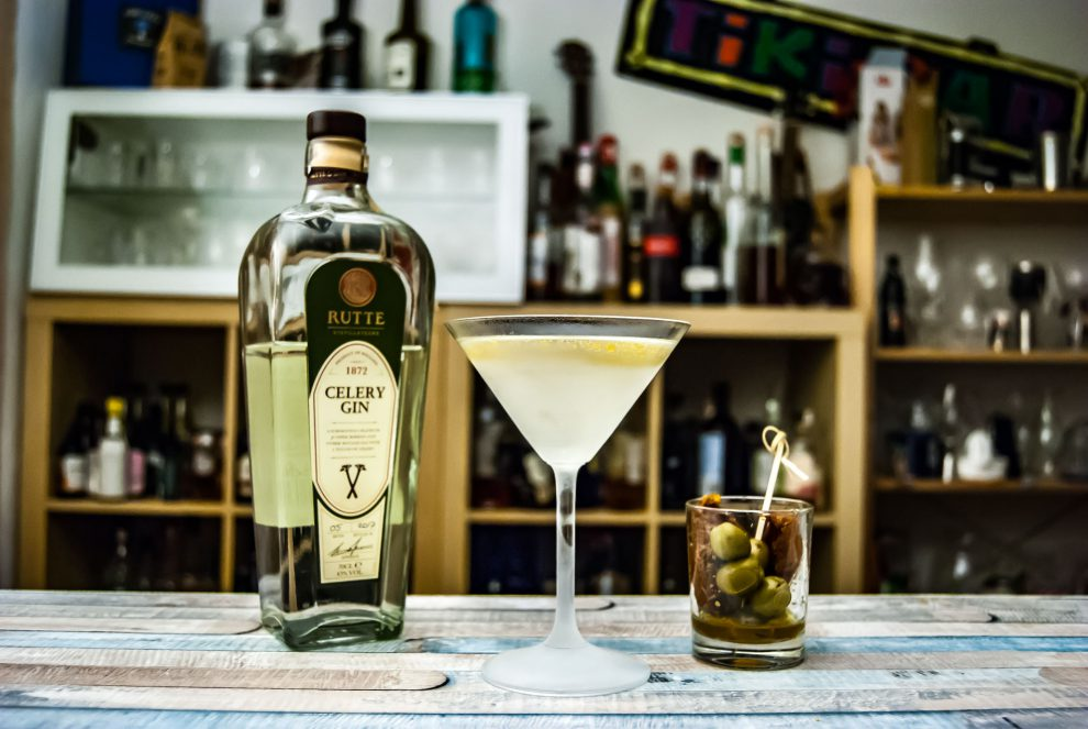 Rutte Celery Gin im Dirty Celery Martini.