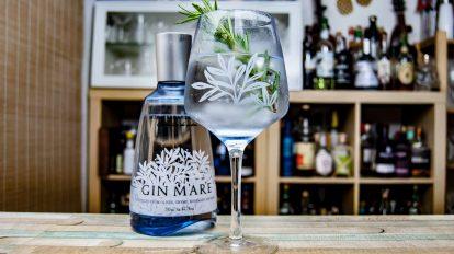 Gin Mare in einem Gin & Tonic.