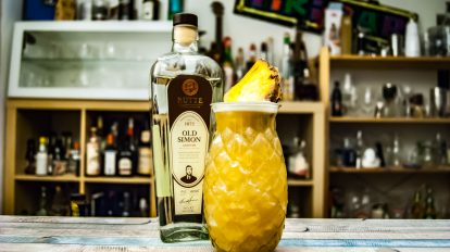 Rutte Old Simon Genever im Dutch Pineapple Punch.