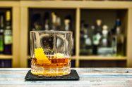 Der Sazerac Cocktail ist schlicht, stark und lauwarm.