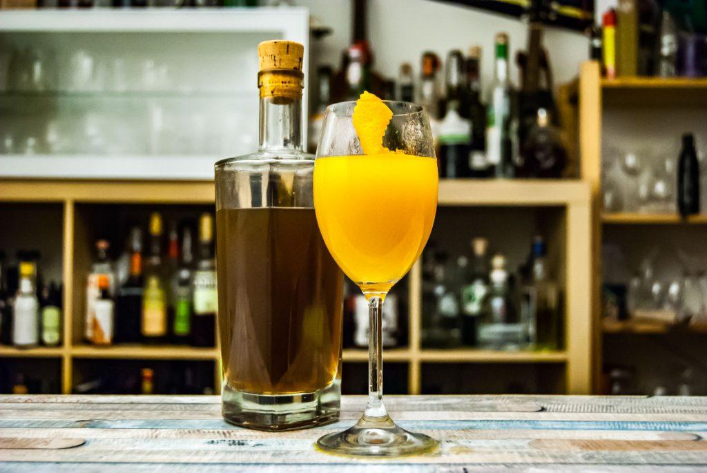 Revolte Swedish Punch im Sweet-O mit Orangensaft und Limette.