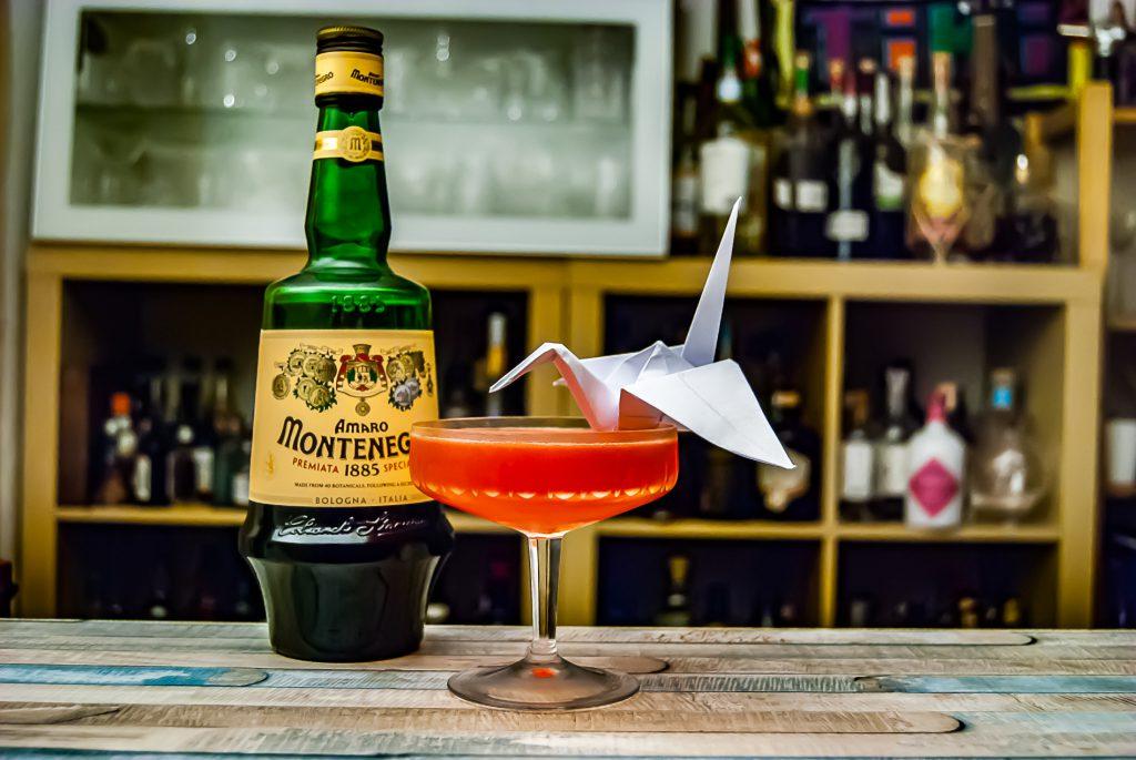 Amaro Montenegro, im Paper Crane mit Baijiu - ein irre komplexer Cocktail.