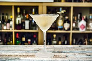 Delsazar Dry im Martini Cocktail.