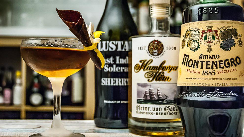 Heinrich von Have Köm im Norditerranean Cocktail. mit Cream Sherry und Amaro Montenegro.