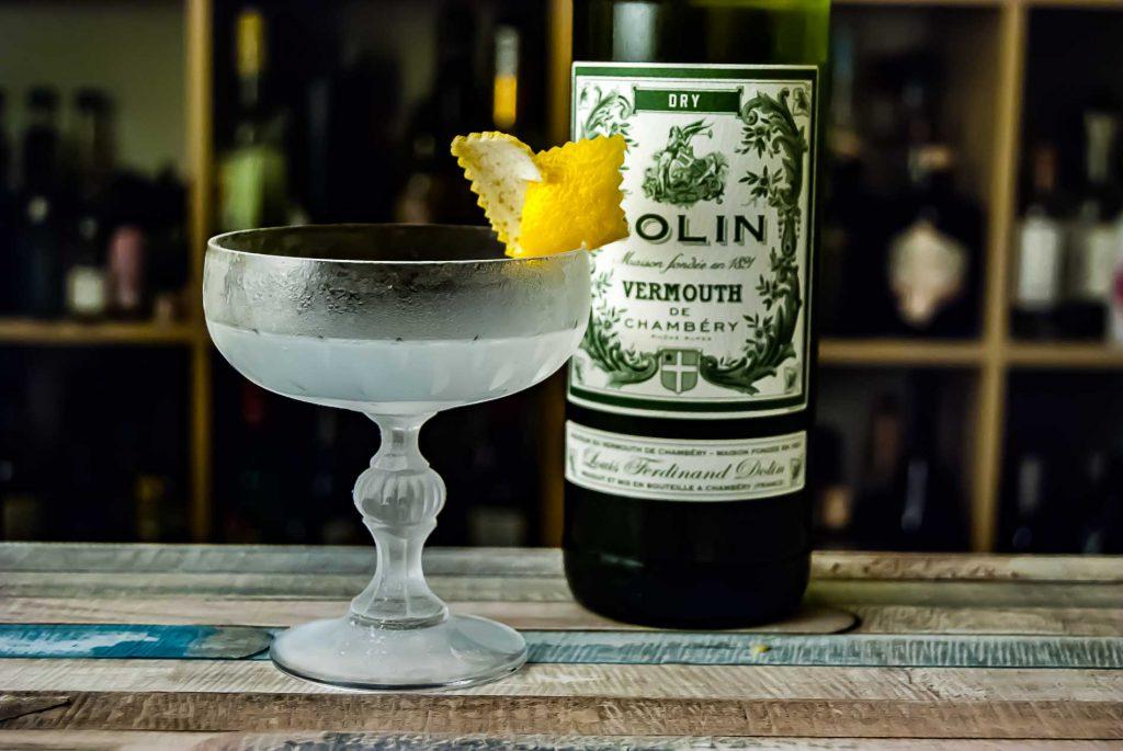 Dolin Dry in einem klassischen Martini.
