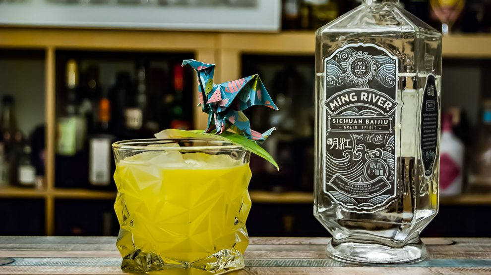 Ming River Baijiu im Alarmed Dragon Cocktail.