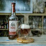 Wild Turkey Bourbon 101 in einem Hunter in the Fog Cocktail.