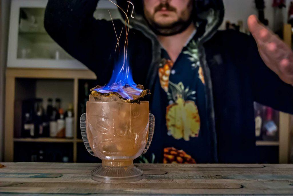 Antigua Distillery Heavy Rum im The Burnhard., einem Tiki-Cocktail.