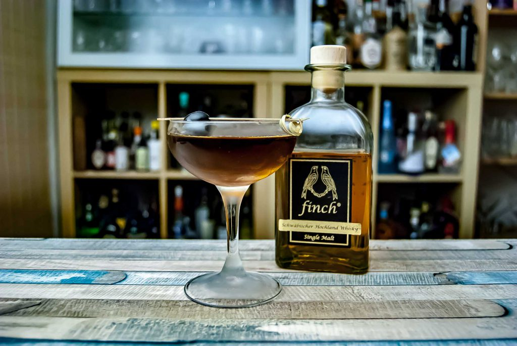 Finch Whisky in einem Manhattan mit rotem Vermouth.