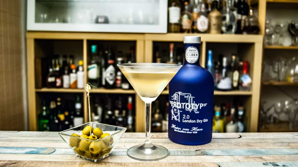 Heinrich von Have Prototyp 2.0 London Dry Gin in einem Dirty Martini.