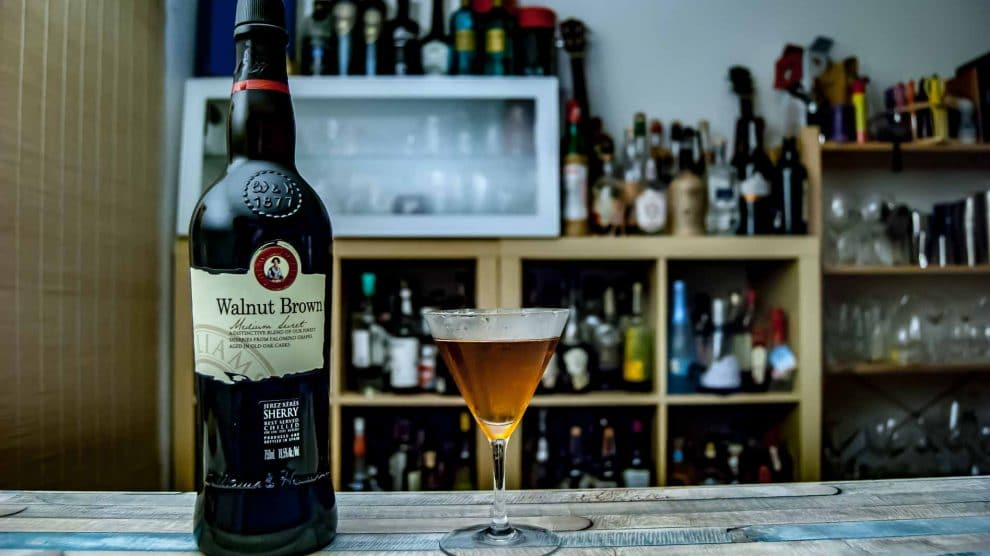 Williams & Humbert Walnut Brown Medium Sherry im Valencia Martini.