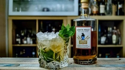 Säntis Malt Swiss Alpine Whisky Himmelberg in einem Mint Julep.