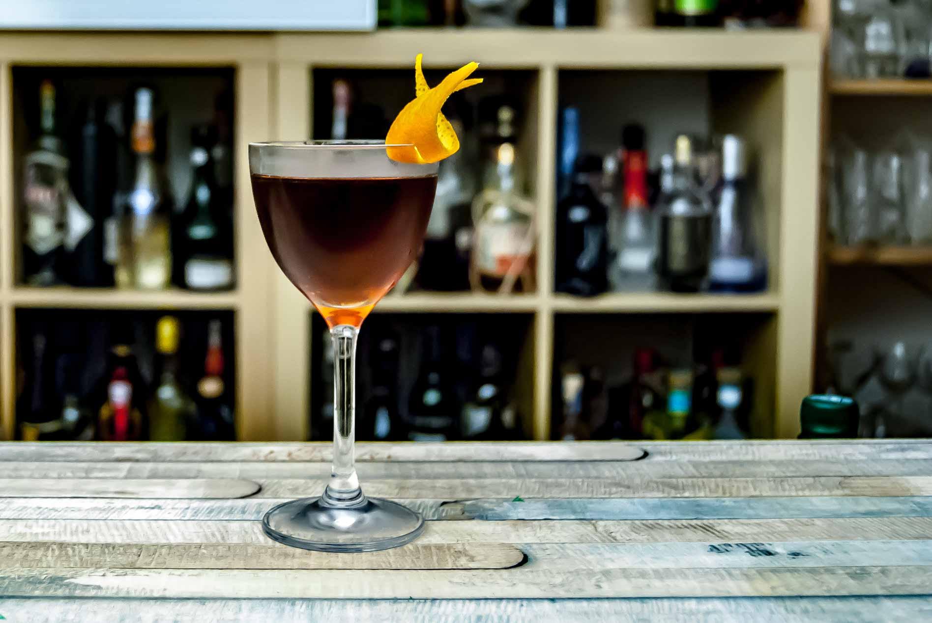 Freimeisterkollektiv Straight Rye Whiskey im Manhattan Cocktail.