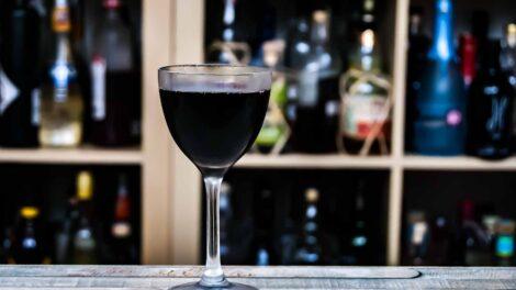 Gunroom Navy Rum in einem Rum & Chinato im Verhältnis 1:2.