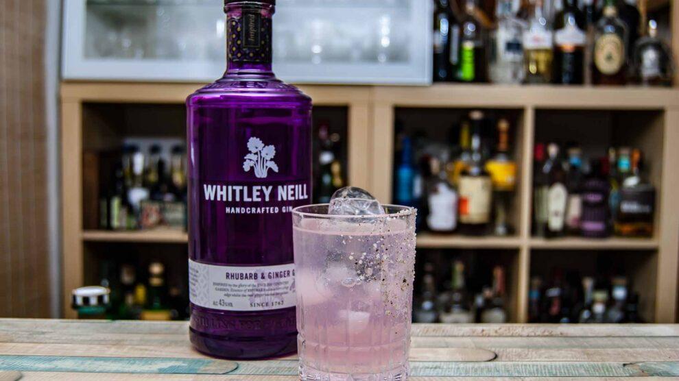 Die Gin Paloma ist eines unserer Highlights im Test mit Whitley Neill Rhubarb & Ginger Gin.