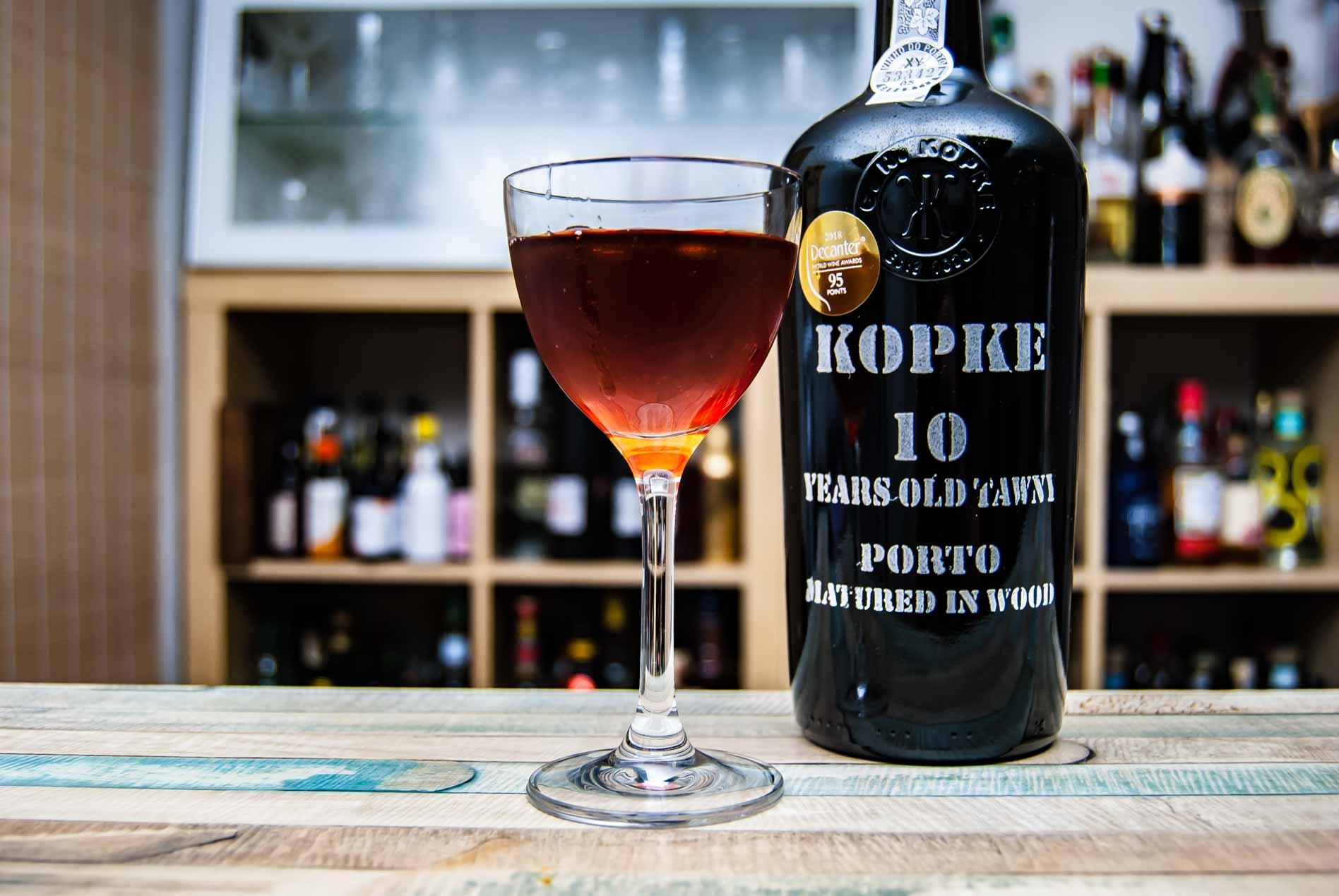 Kopke 10 Years Tawny Port in einem wundervollen Rum & Port!