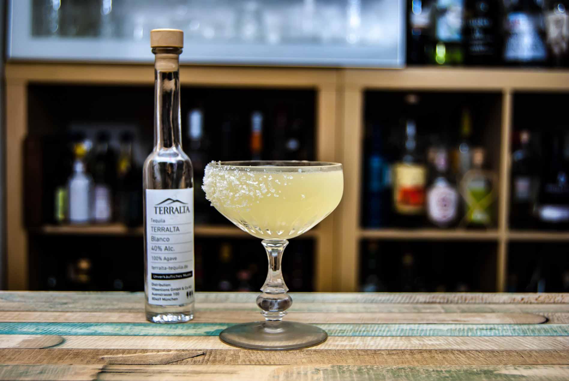 Terralta Tequila Blanco in einer Margarita.