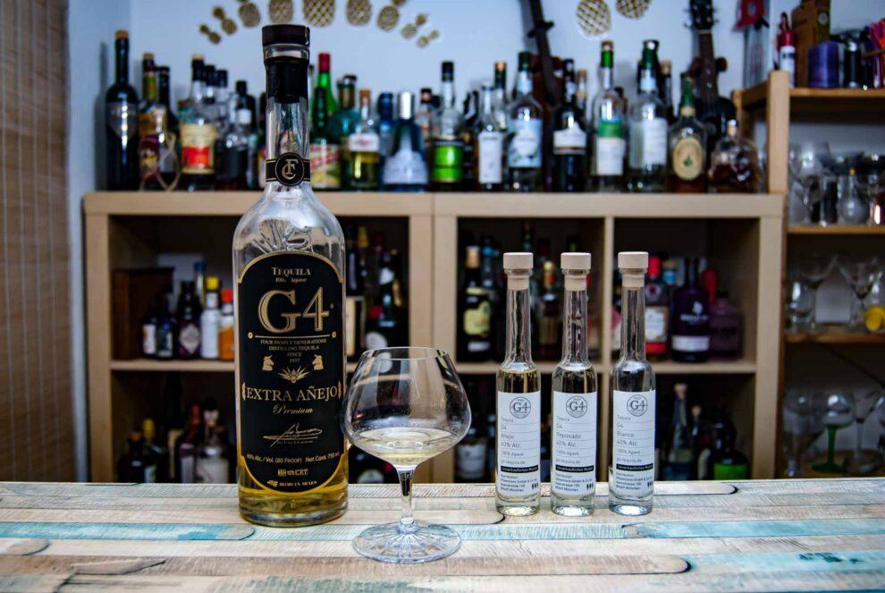 Wir verkosten die G4-Tequila-Range, hier im Bild den Extra Anejo.