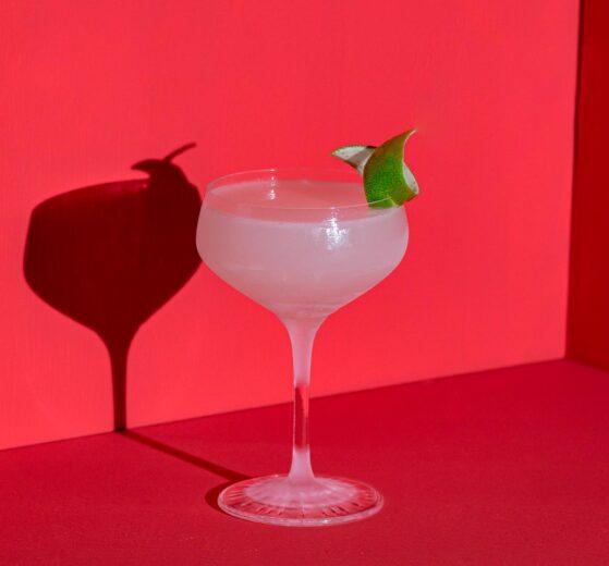 Ein Daiquiri Cocktail mit Rum.