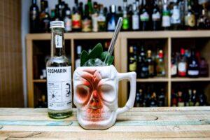Der Romero ist ein Aztiki-Drink mit Freimeisterkollektiv Salbeigeist.