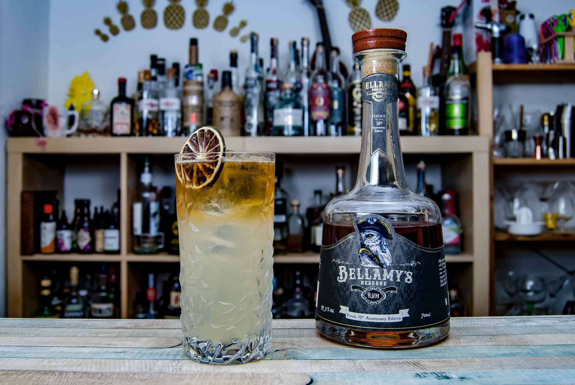 Bellamy's Reserve Rum Perola 10th Anniversary Edition in einem Drink nach Art eines Dark & Stormy.