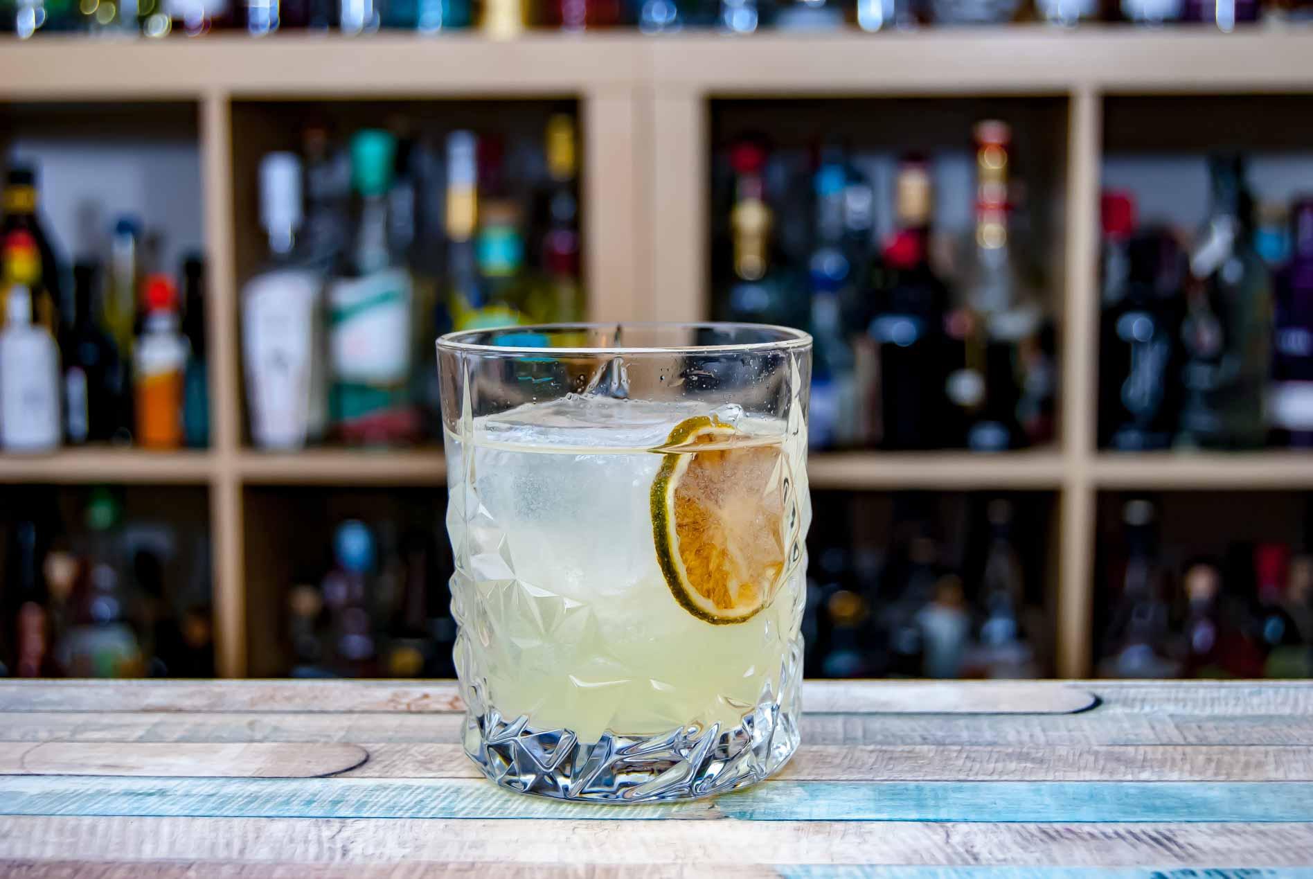 Unser Clarified Buttermilch Margarita ist transparenter als eine normale Buttermilch Margarita. Aber mehr auch nicht.
