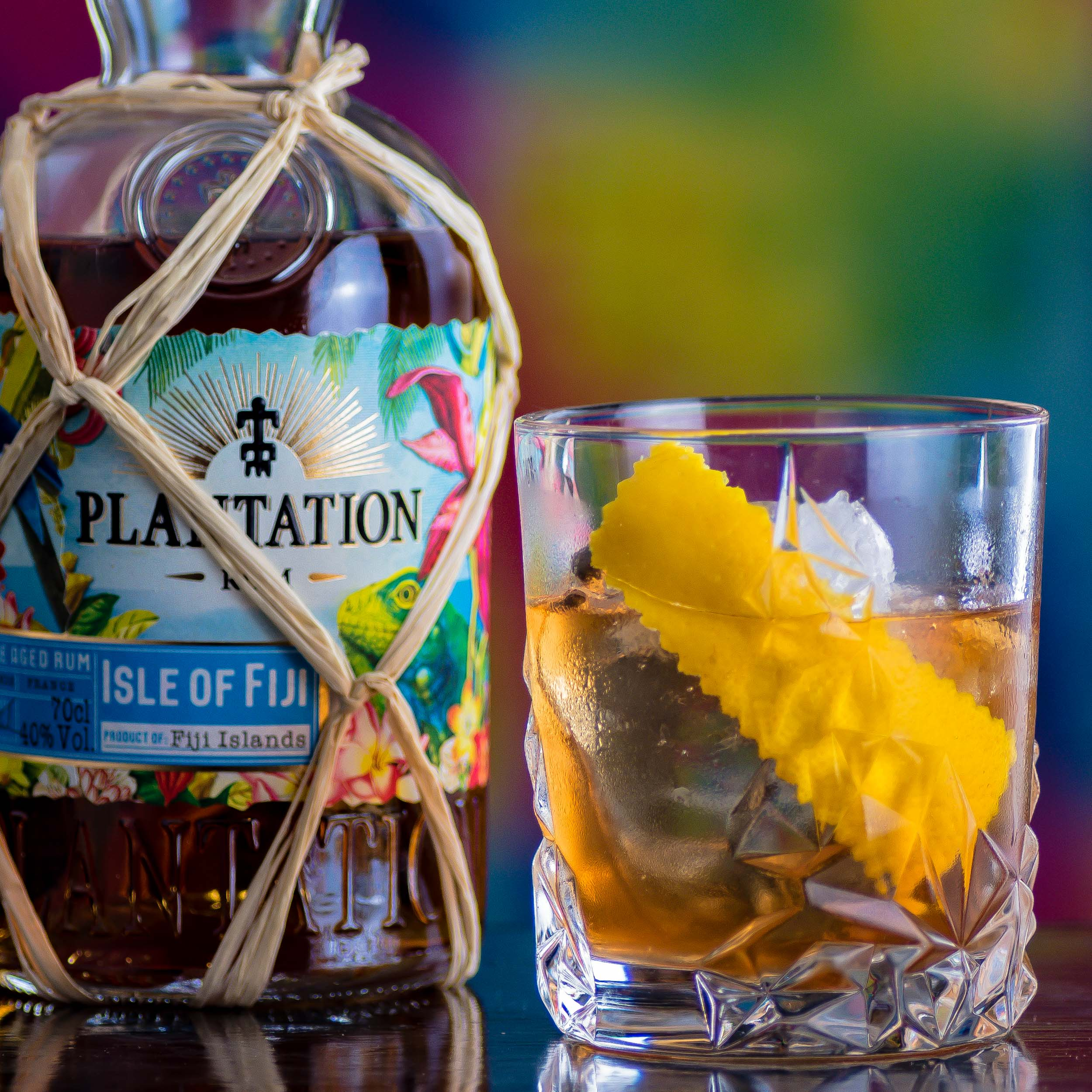 Plantation Isle of Fiji Rum im Old Fashioned.