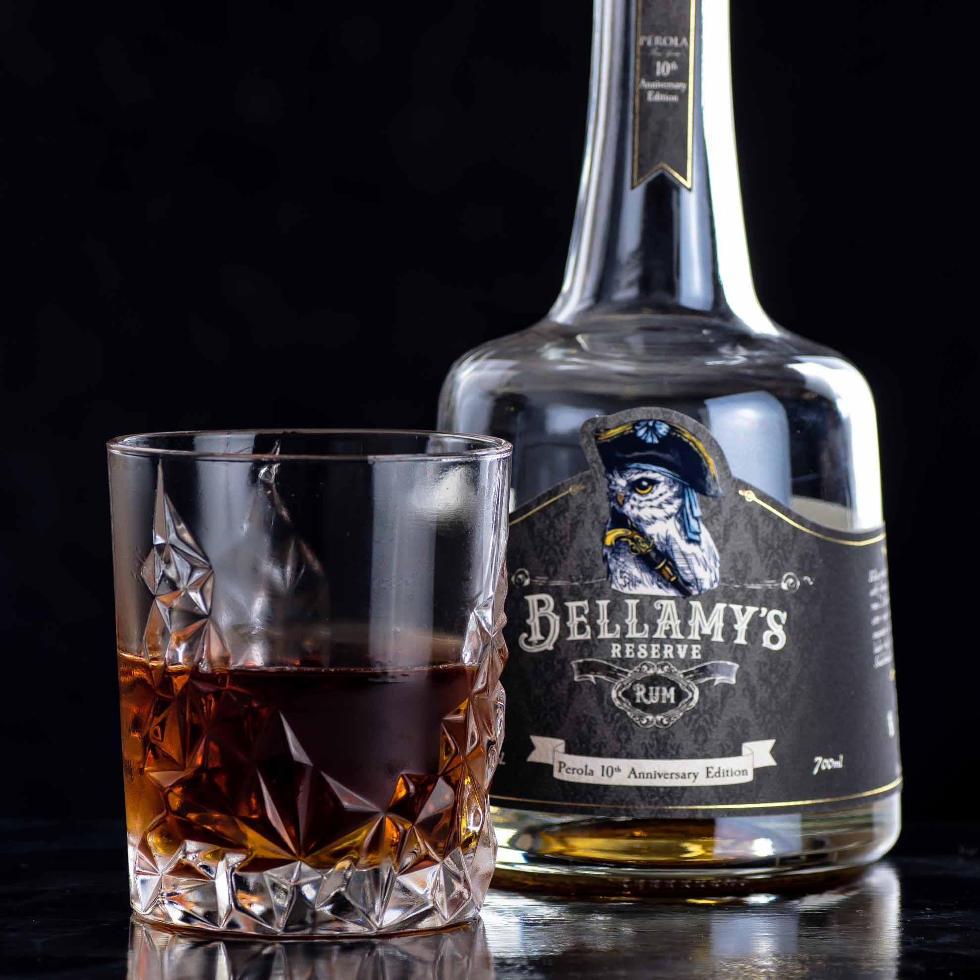 100 Year Old Cigar mit Bellamy's Rum 10th Anniversary Edition.
