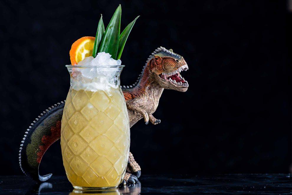 Chartreuse Rex - nur echt mit Dino-Deko.
