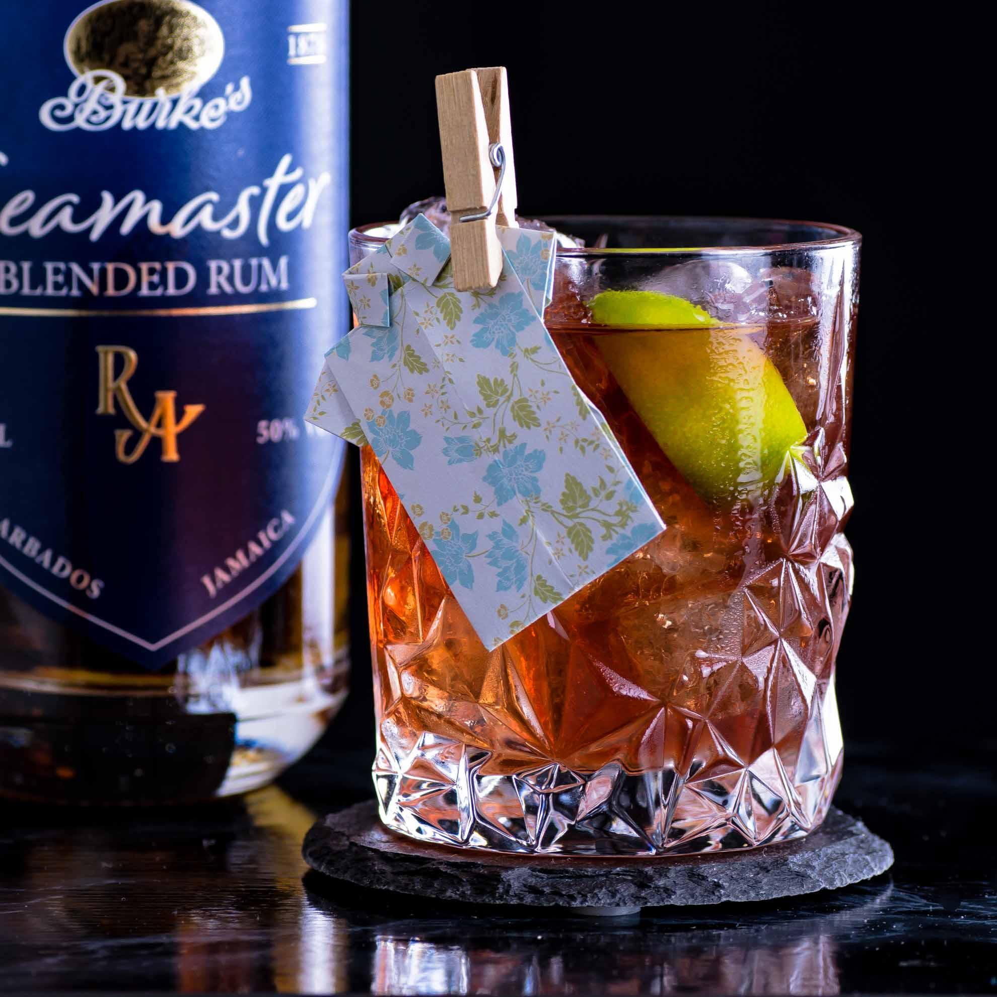 Rum Artesanal Burke's Seamaster Blended Rum im Captain's Dinner Cocktail.