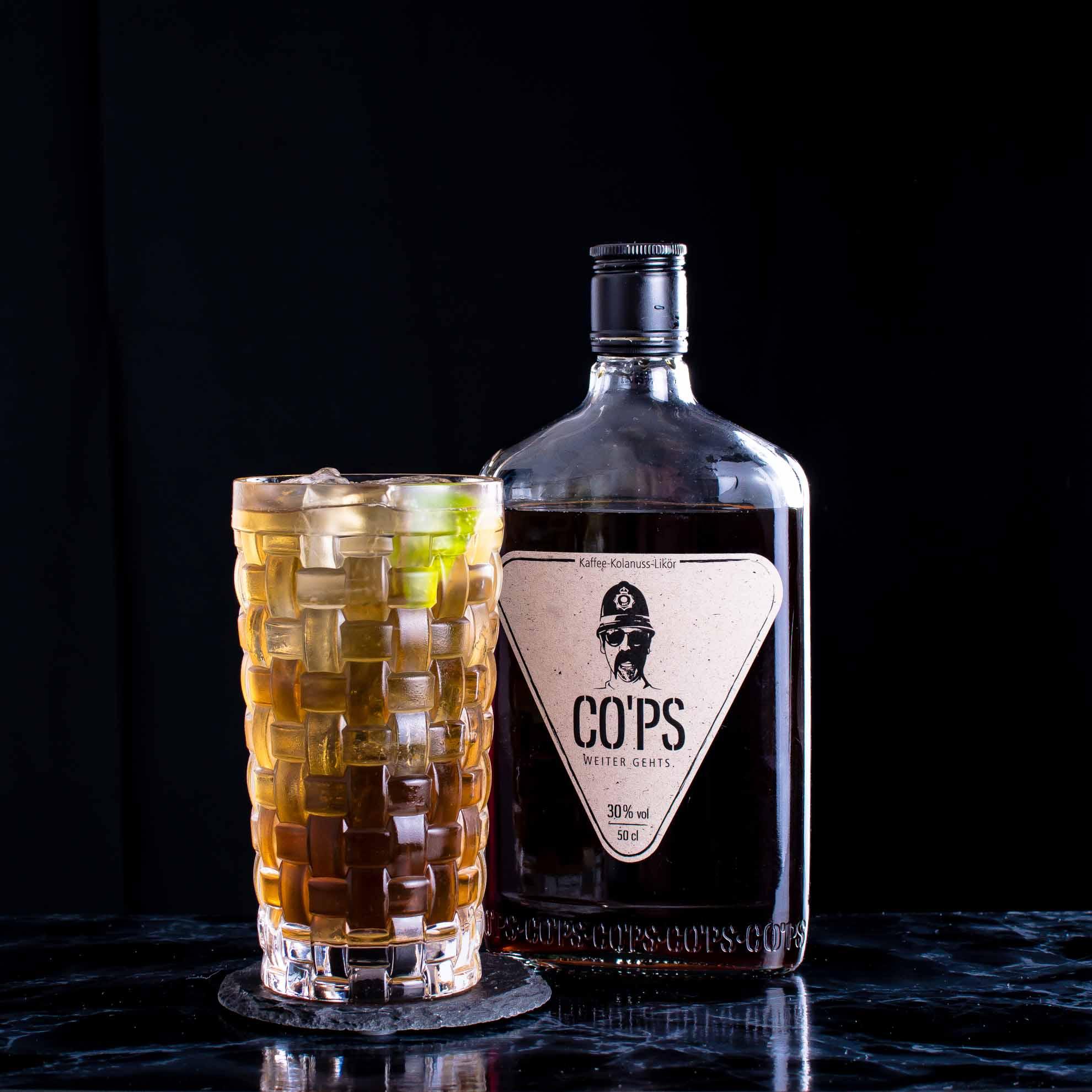 CO'PS im Enhanced Rum & Coke.