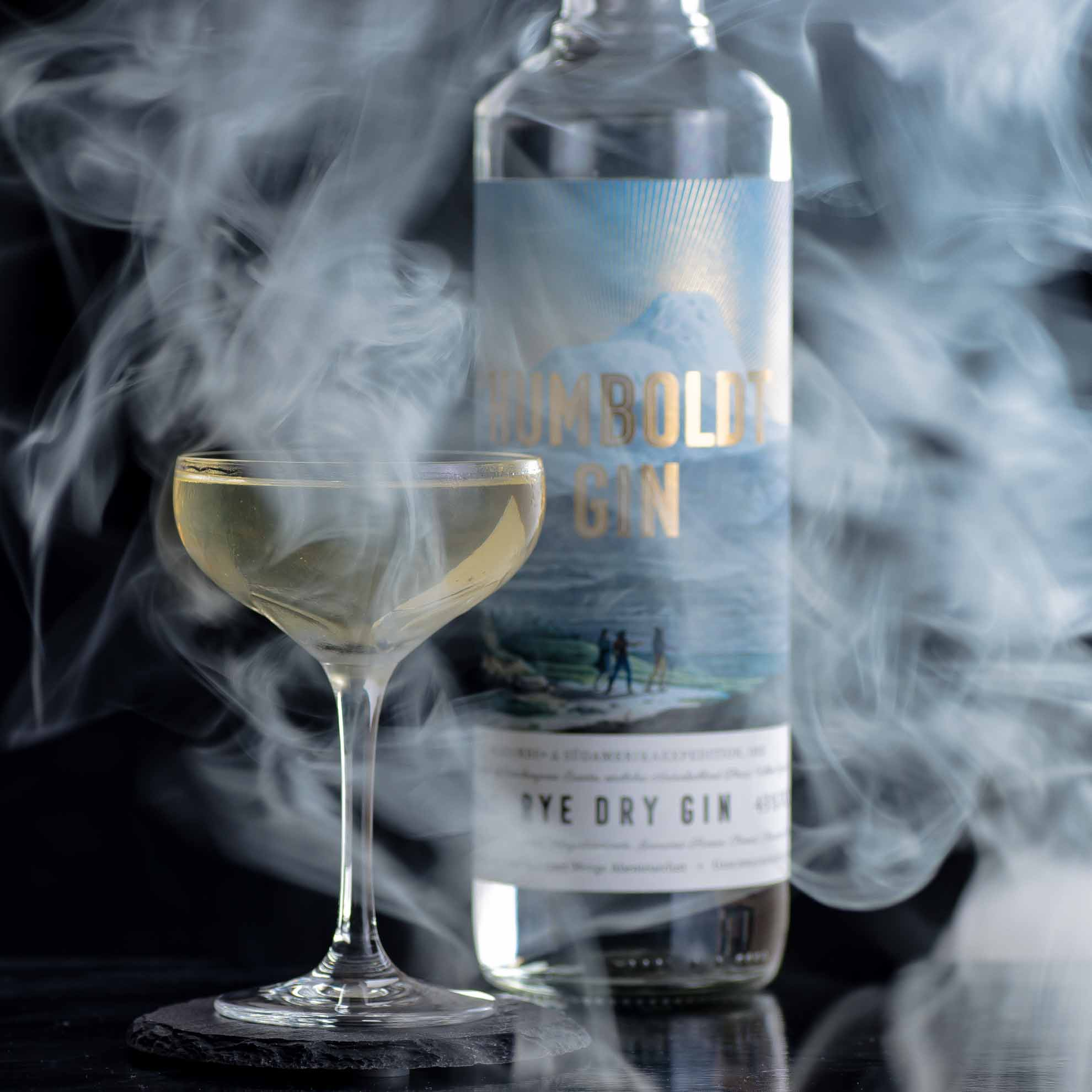 Humboldt Rye Dry Gin im Smoky Martini mit Scotch.