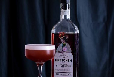 Gretchen Cherry Gin im Red Velour Cocktail.