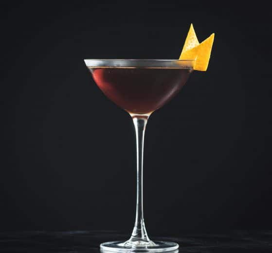 Der Revolver Cocktail mit Bourbon Whiskey und Kaffeelikör.